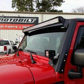 Soporte de Barra Led Parabrisas – Jeep Wrangler JK